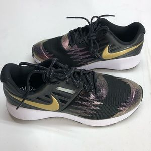 Nike Star Runner Black Purple Gold Size 5 Youth